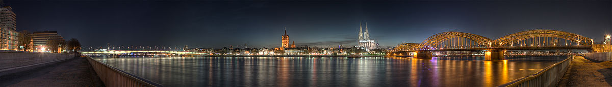 1200px-Cologne - Panoramic Image of the old town at dusk.jpg